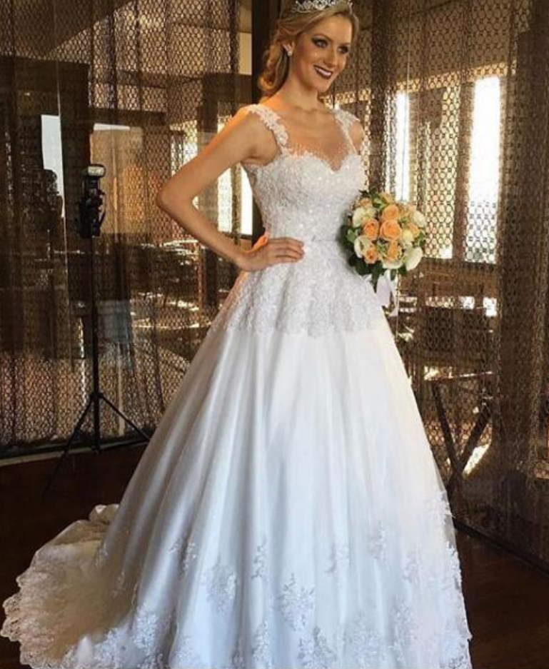 A-line Elegant Wedding Dress Appliques Tulle Long Wedding Dresses ...