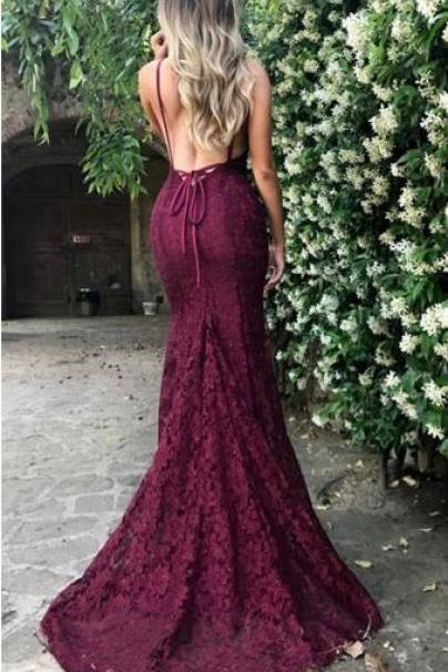 P32 Sexy Lace Burgundy Prom Dresses,2018 V Neck Spaghetti Strap Long Evening Dress,Sexy Backless Burgundy Prom Dress,